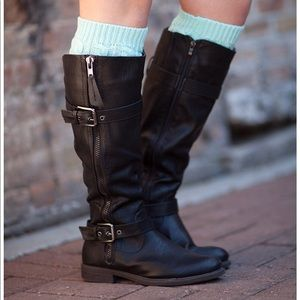 Accessories - Mint Cable Knit Boot Cuffs